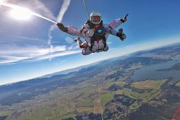 Kaniów Atrakcja Skok ze spadochronem SkyFun