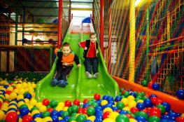 Bielsko-Biała Atrakcja Sala | plac zabaw ZABAWOWO